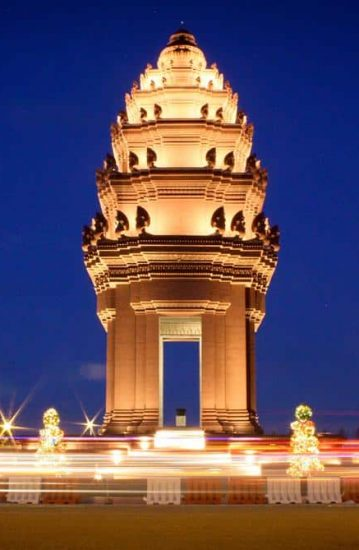 independence-monument-phnom-penh